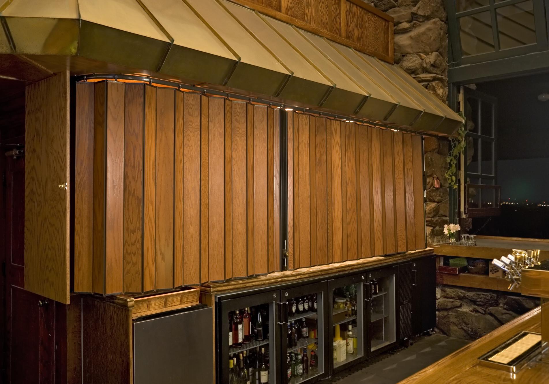 timber door3